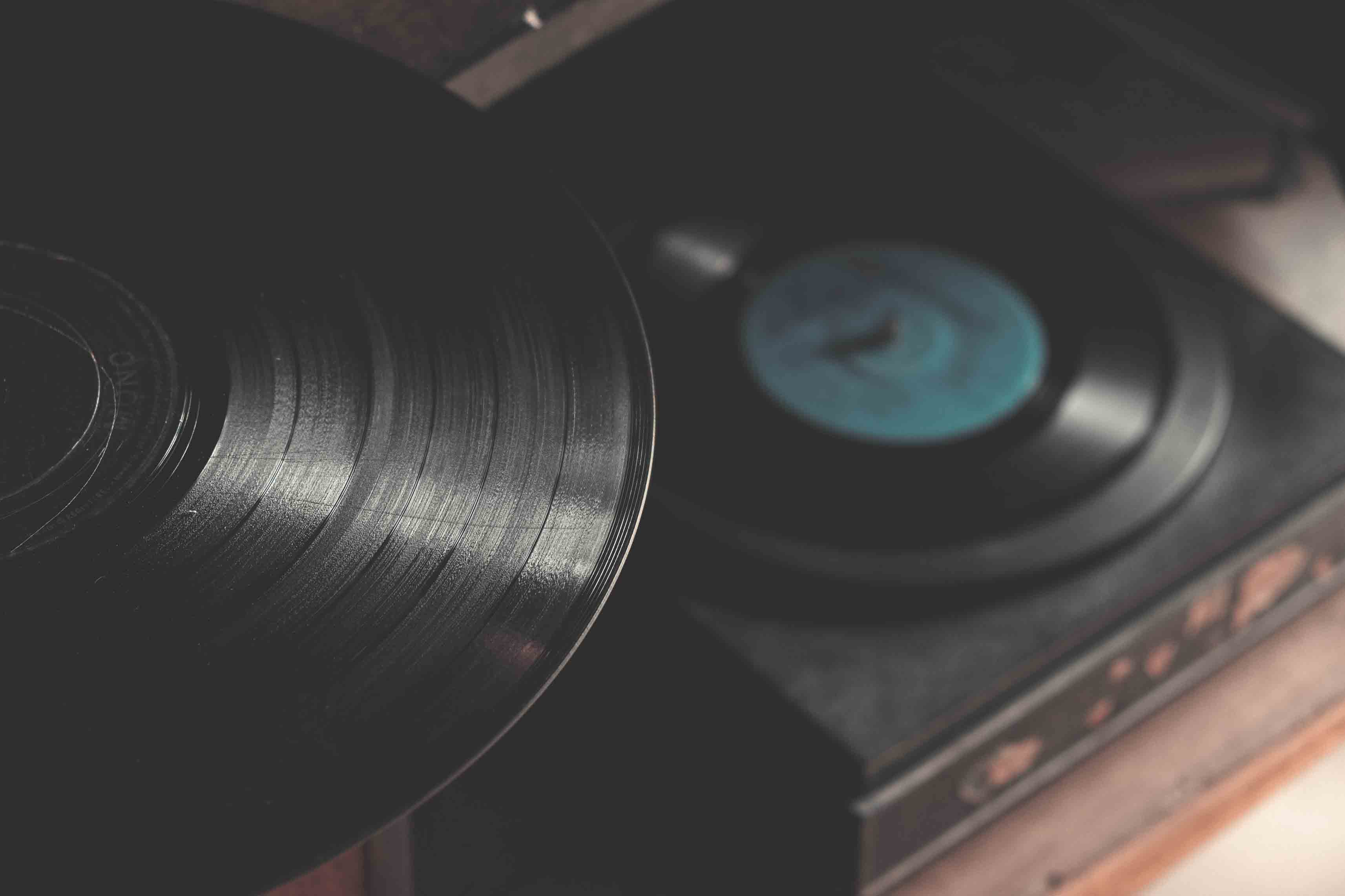 Tips For Buying A Vinyl Record For Best Use