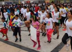 Más de 400 mil participaron en la segunda carrera familiar 2k