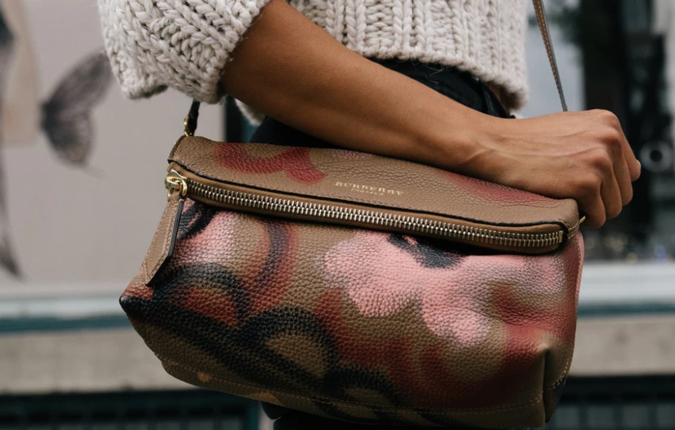 Chanel Hermès Burberry