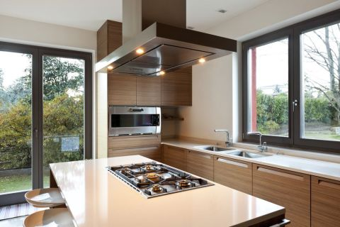Stoves on Islands A Kitchen Remodeling Idea for Added Space and Value