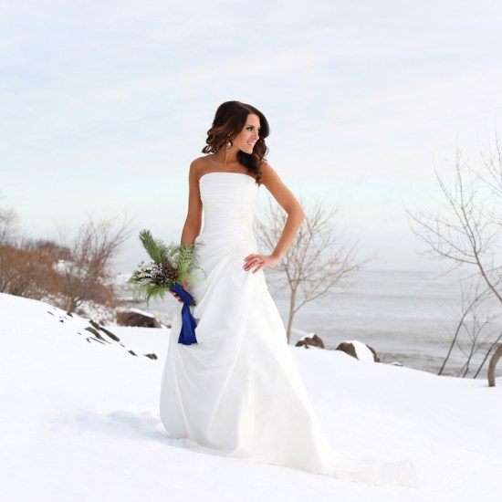 winter wedding, blue and silver, snow, bride