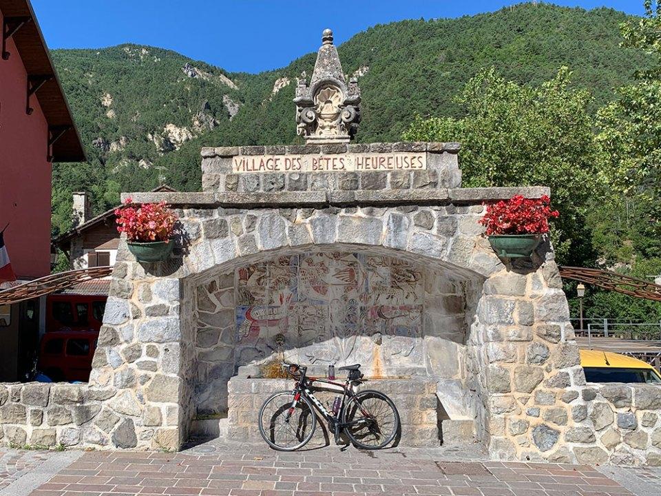 Steve and Carole in Vence - 73 Villages by Bike - Villeneuve-d'Entraunes, Saint-Martin-d'Entraunes & Châteauneuf-d'Entraunes