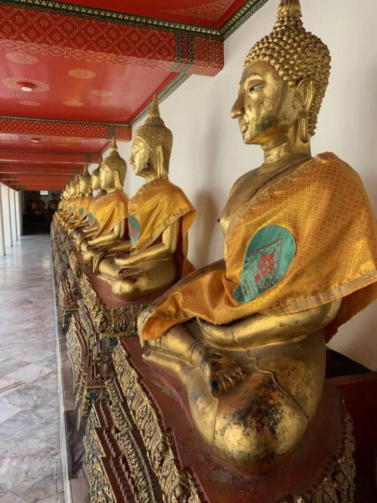 Gilded Buddhas with Ayuthaya or Sukhothai features