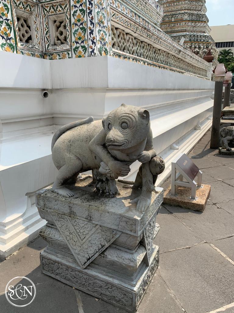 Monkey guards at Wat Arun