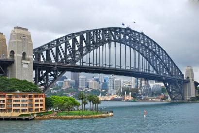 Sydney-Harbour-Bridge-Skyline