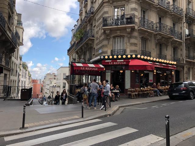 Cafe called Le Refuge