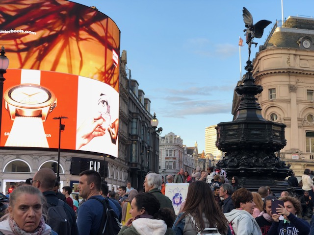 Piccadilly Circus is the London equivalent of New York City's Time Square