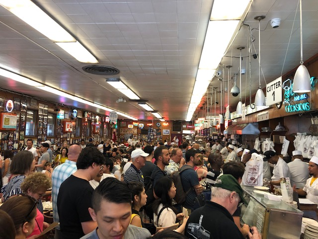 A ridiculous number of people in Katz's