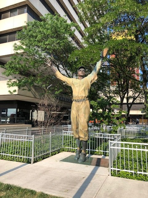 Statue of Jackie Robinson outside the PATH station