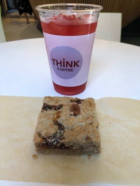 Hibiscus iced tea and a fig coconut bar
