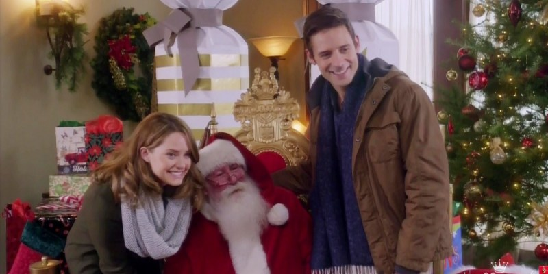 Photos: 'The Christmas Cottage' (2017) Movie Captures