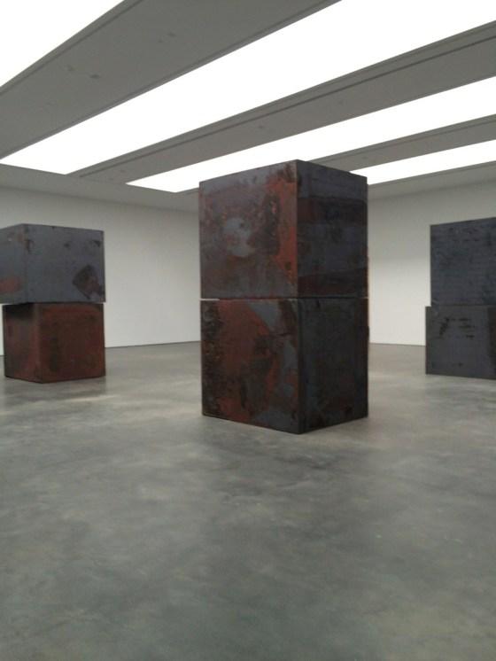 "Richard Serra ""Equal"" at the David Zwirner gallery"
