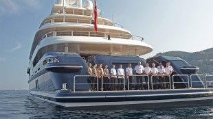 mega-yacht-02