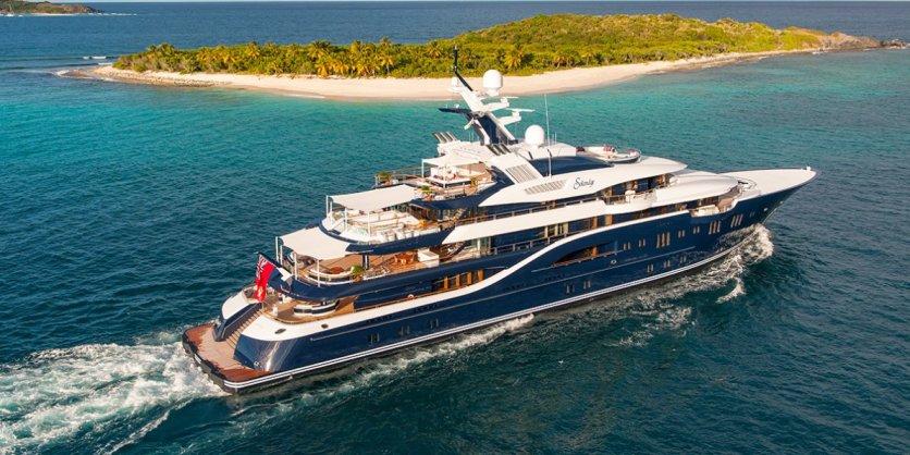 mega-yacht-05