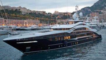 mega-yacht-10