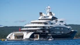 mega-yacht-15