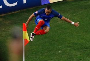 Football Soccer - France v Albania - EURO 2016 - Group A - Stade Vélodrome, Marseille, France - 15/6/16 France's Dimitri Payet celebrates scoring their second goal REUTERS/Jean-Paul Pelissier Livepic