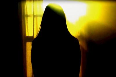 EXIIT - Alone  (Réalisation : Steven Paters)