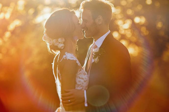 golden light portrait at stubton hall, image by steven rooney photography