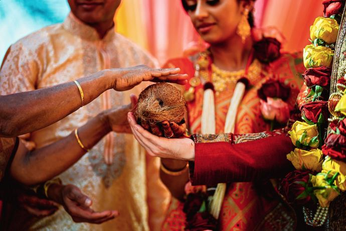hindu wedding ceremony outdoors