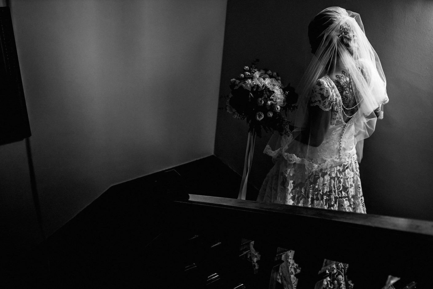 window light bride gong down stairs