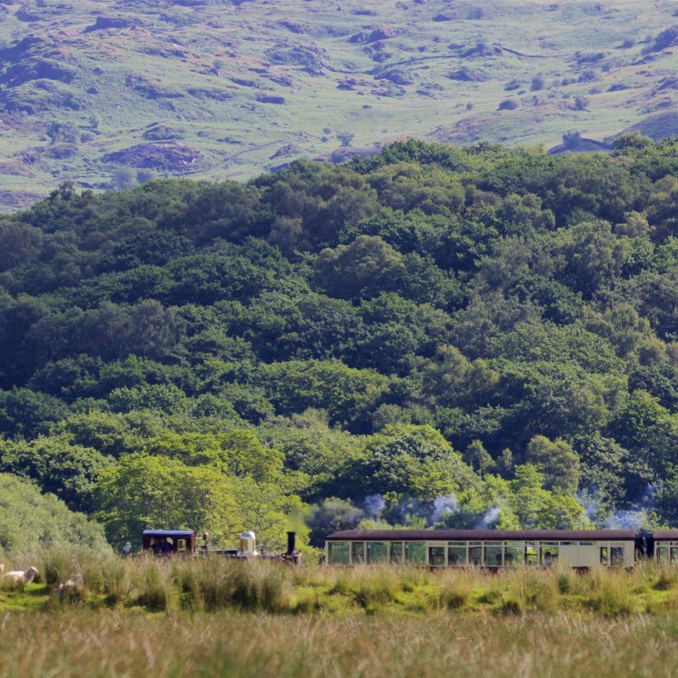 The West Highland railway runs up the Glaslyn valley