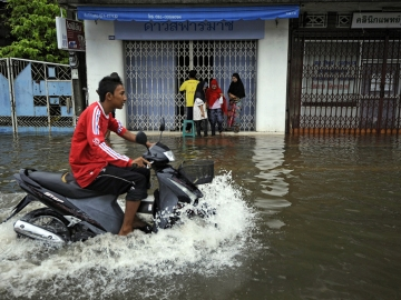 Floods Submerge South Thailand (1/6)