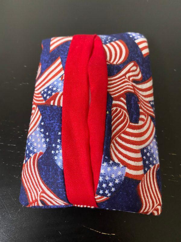 American Flag Pocket Tissue Holder - Show off your patriotism with this pocket tissue holder with American Flags on it. #AmericanFlag
