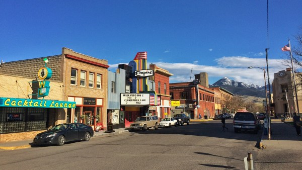Street view of Livingston, montana.