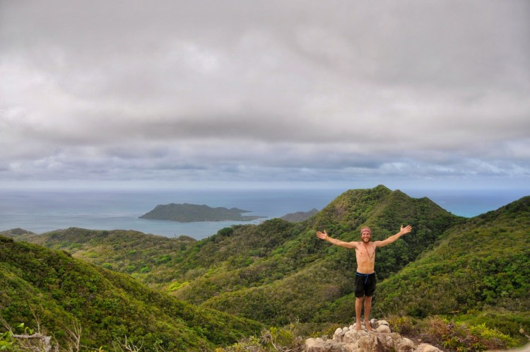 photo of stevie vagabond at the highest peak on providencia, colombia