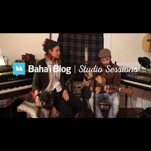 "Photo of Stevie Vagabond Iwaszko and Tory Mata performing ""Prayer for Humanity"" for Bahai Blog Studio Sessions"