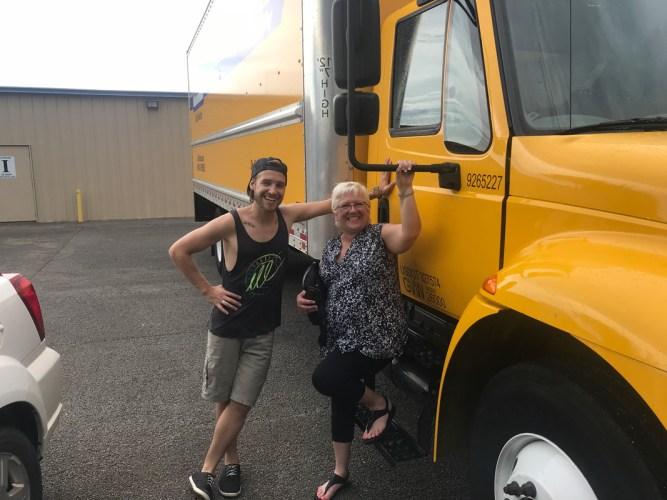 Stevie Vagabond and mom ready to go.