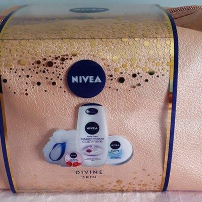 Nivea Divine Skin Set