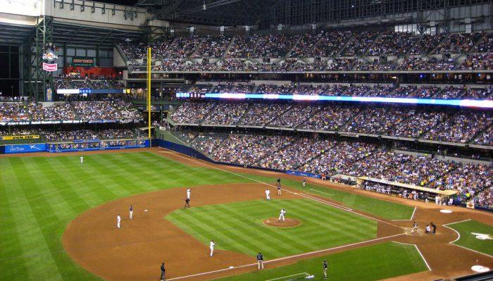 Milwaukee Brewers vs San Diego Padres game