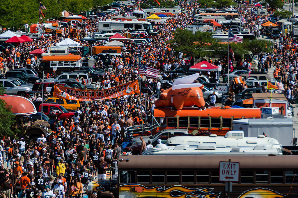 fans at Muni Lot before the start of the Cleveland Browns game