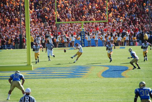UCLA USC at the Rose Bowl