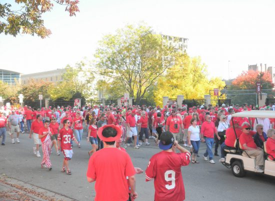 Wisconsin Badgers fans tailgating