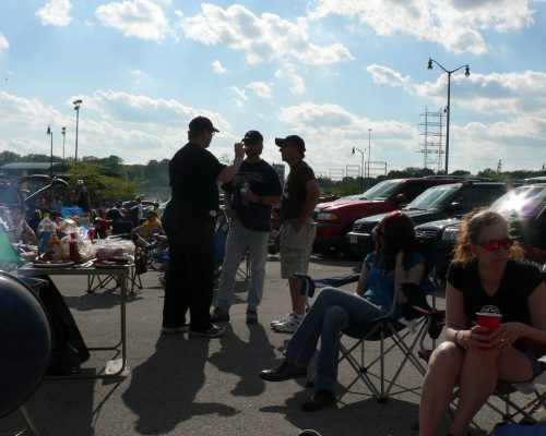 Milwaukee Brewers fans tailgating at parking lot
