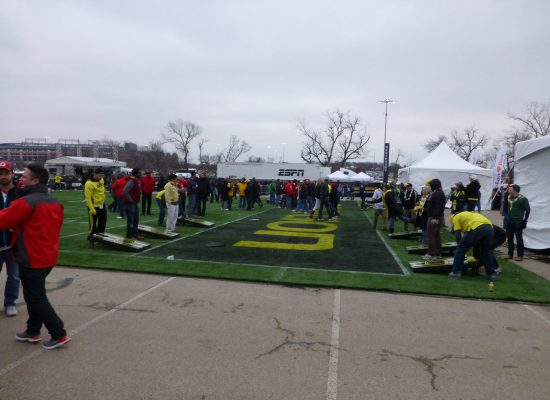 Oregon Ducks tailgate game cornhole