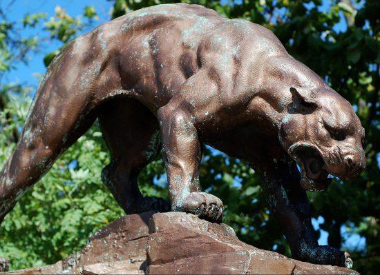 Pitt Panthers statue