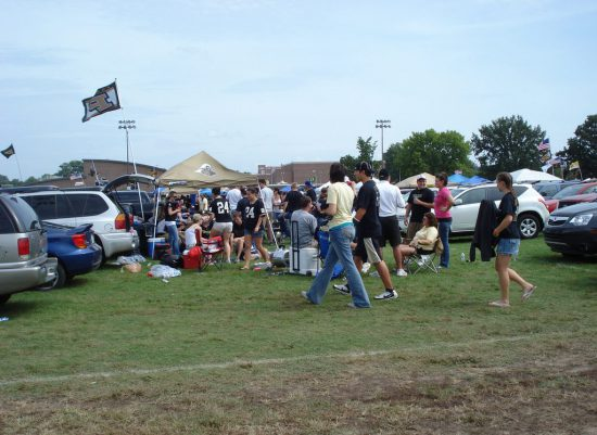 Purdue Boilermakers fans tailgating