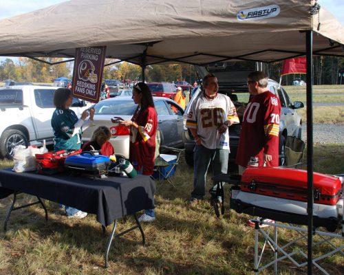 Washington Redskins fans tailgating at lot
