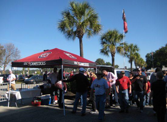 South Carolina Gamecocks fans tailgating