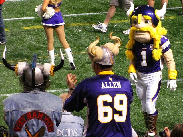 Minnesota Vikings tradition Helga Hats purple hat with white horns and blond braids