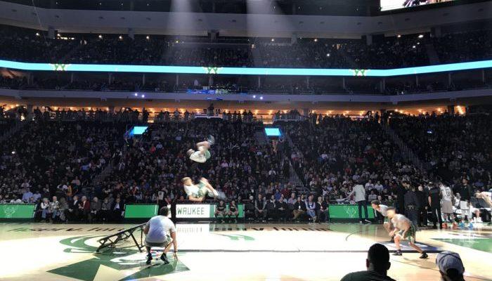 Milwaukee Bucks entertainment