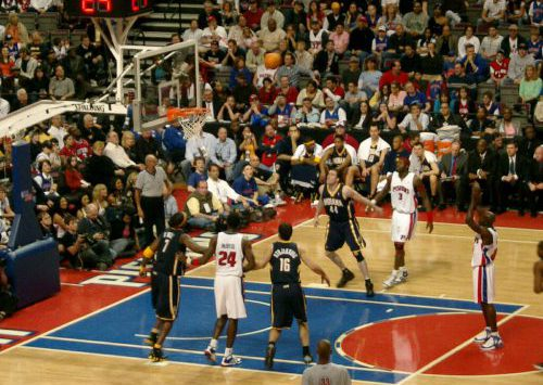 Detroit Pistons vs Indiana Pacers game