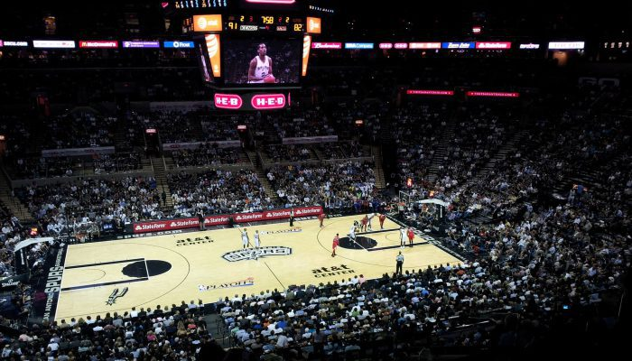 San Antonio Spurs vs Los Angeles Clippers game
