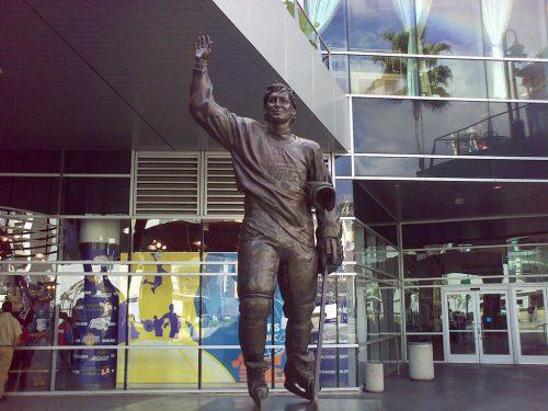Gretzky Statue Staples Center