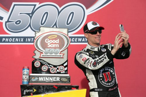 Kevin harvick Good Sam 500