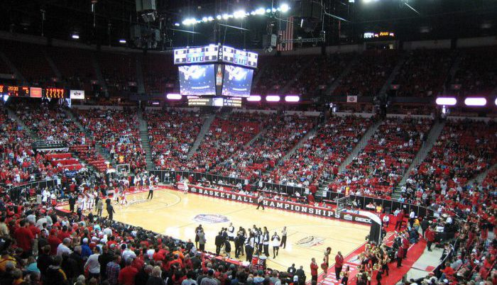 UNLV Runnin Rebels Basketball Thomas Mack Center